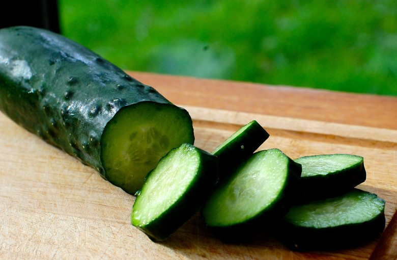 Cucumber in which fruit and veg to buy organic